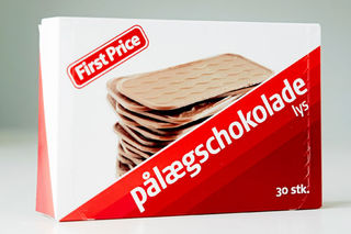 First Price Pålægschokolade Lys - Milk Chocolate Topping - Short date Sale